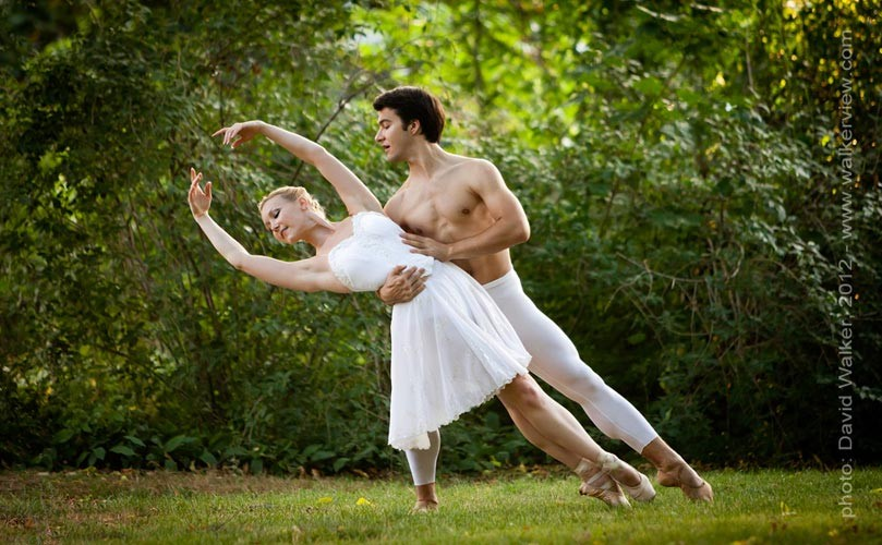 Ballet dancers in a summer garden. Toronto Canada dance photography by David Walker.
